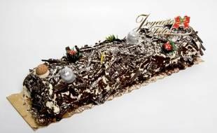 Certaines bûches de Noël contiendraient des nanoparticules cancérogènes d'après l'association « Agir pour l'environnement ».