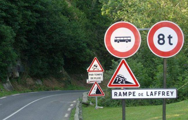 La rampe de Laffrey sur la route de Vizille, près de Grenoble, le 22juillet 2007.