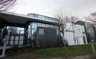 Vue extérieure des locaux de Biotrial à Rennes où six patients ont participé à un essai thérapeutique.