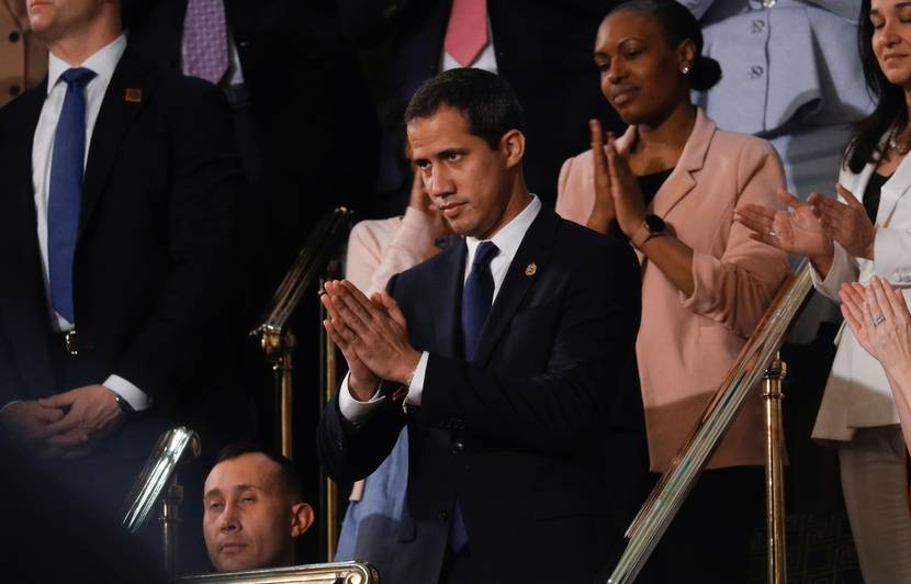 Venezuela : Trump affirme que la « tyrannie » de Maduro sera « brisée », en présence de l'opposant Juan Guaido