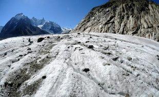 La Mer de Glace, plus grand glacier de France, photographié le 21 septembre 2012 à Chamonix, en France