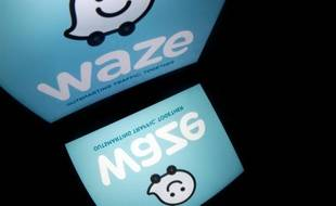 Le logo de l'application de navigation routière Waze.