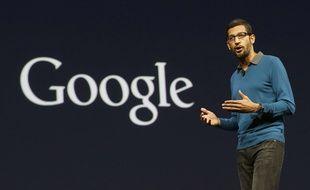 Sundar Pichai, vice-président en charge d'Android, de Chrome et Google Apps, sur scène pendant la conférence I/O de Google à San Francisco, le 28 mai 2015.