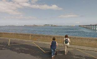 L'île de Batz vue depuis Roscoff.