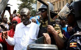 Kizza Besigye lors de son arrestation le 15 février 2016 à Kampala