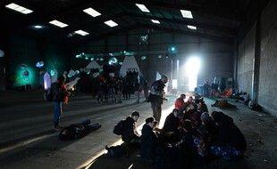 Depuis le réveillon, 2.500 personnes bravaient toutes les règles sanitaires dans une rave-party.