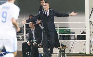 Elie Baup peut crier, son équipe ne l'a pas entendu contre Naples mardi (1-2).