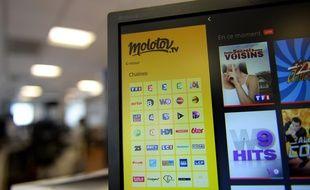 L'application Molotov permet de regarder plusieurs programmes télévisés par Internet.