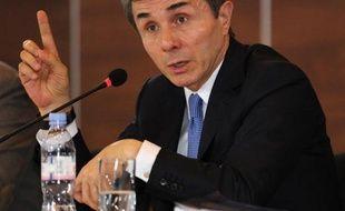 """L'ex-Premier ministre de Géorgie Bidzina Ivanichvili a annoncé mardi le lancement d'une ONG visant à aider les citoyens de cette ex-république soviétique à """"contrôler leur gouvernement""""."""