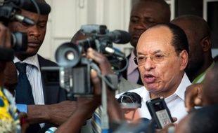 """Le président du Sénat de la République démocratique du Congo va quitter l'hôpital après son agression à Paris et """"pardonne à ses agresseurs"""", ont déclaré lundi son entourage et son parti."""