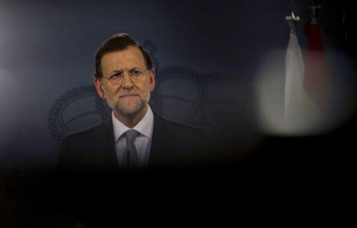 Des élections régionales en vue, le refus de toucher aux retraites, la crainte d'une mise sous tutelle: si l'Espagne résiste encore à demander son sauvetage financier, la raison est d'abord politique, selon des analystes. – Pierre-Philippe Marcou afp.com