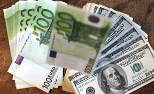 Les Bourses européennes montaient en flèche mercredi en début après-midi, la prudence matinale ayant été balayée par l'annonce d'une action concertée des banques centrales pour soulager les banques, dont les titres s'envolaient.