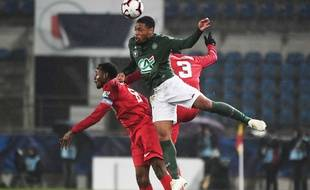 Coupe de France: Fin du rêve pour l'Olympique Strasbourg, Saint-Etienne élimine le petit poucet