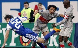 Le Parisien Ceara (au centre), lors du match face au Dynamo Kiev, le 16 avril 2009.