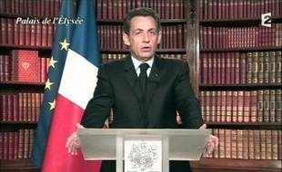 """Après une """"rude"""" année 2008, Nicolas Sarkozy a prévenu les Français que de grandes difficultés les attendaient en 2009, tout en se disant déterminé à y """"faire face"""" en poursuivant des réformes."""