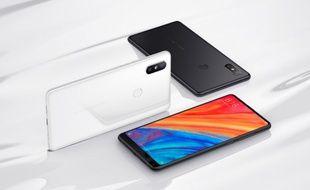 Le Xiaomi Mi Mix 2S, un smartphone à la fiche produit alléchante, vendu moins de 500 euros.