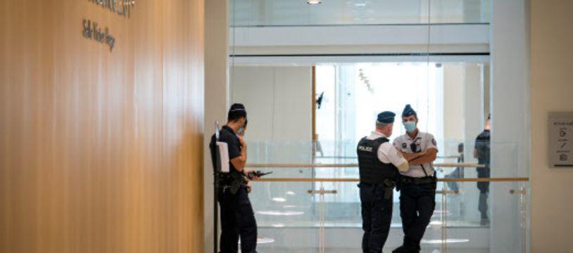 Des peines de deux mois de prison avec sursis ont été requises à l'encontre de 8 internautes jugés pour des injures contre Miss Provence.