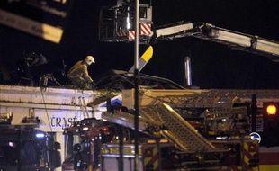 Le toit du pub sur lequel un hélicoptère de la police s'est écrasé le 30 novembre 2013 à Glasgow