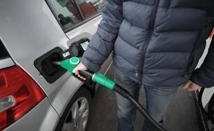 Un ado a été racketté par une mère de famille à une pompe à essence, à Strasbourg. (Illustration)