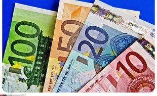 Des billets de banque en euros