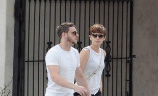 Les acteurs Jamie Bell et Kate Mara dans les rues de Los Angeles