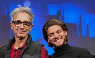 Thierry Lhermitte et Rayane Bensetti, tous deux à l'affiche de «La Finale», à L'Alpe d'Huez le 17 janvier 2018.