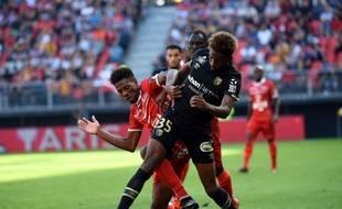 Nuno Da Costa (en rouge) veut quitter Valenciennes