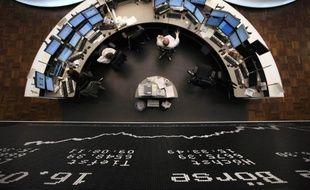 Les investisseurs cherchaient la sécurité et se ruaient mercredi sur la dette allemande, dont le taux à 10 ans était au plus bas historique, tout en évitant l'Espagne, dont le rendement repassait au-dessus de 6%, en raison des craintes qui pèsent sur la Grèce et la zone euro.
