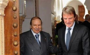 """Le ministère des Affaires étrangères a estimé mardi que l'accord signé samedi entre Rome et Tripoli """"n'est ni un précédent, ni une référence"""" car """"chaque histoire bilatérale avance comme elle le souhaite, chaque histoire est spécifique"""", dans une comparaison avec la colonisation française en Algérie."""