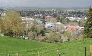 Panorama de la ville de Tokoroa, en Nouvelle-Zélande.