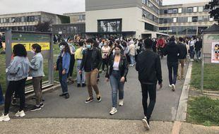 Les étudiants sont venus nombreux ce mardi pour le coup d'envoi de la semaine campus à Rennes 2.