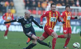 Vainqueur en Coupe de France (2-3) le 4 janvier, le latéral lyonnais Christophe Jallet va retrouver Lens samedi (17h), à Amiens. PHOTO AFP -FRANCOIS NASCIMBENI