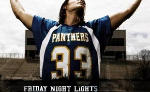 Tim Riggins (Taylor Kistch) dans la série Friday Night Lights