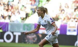 Ada Hegerberg célèbre ici l'un de ses trois buts lors de la finale de la Ligue des champions 2019 contre le Barça.