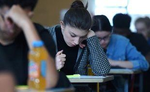 Une candidate au bac au lycée Pasteur de Strasbourg en juin 2019.