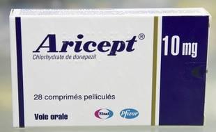 Parmi la liste des médicaments anti-Alzheimer qui ne seront plus remboursés, l'Aricept.
