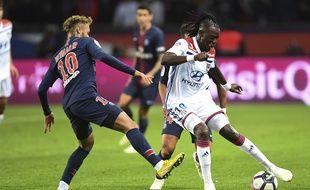 Lyon et le PSG se retrouveront en demi-finales de la coupe de France.