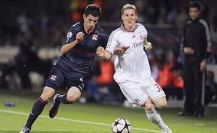 Maxime Gonalons et les Lyonnais avaient semblé bien tendres, le 27 avril 2010, face au Bayern Munich de Bastian Schweinsteiger.