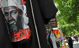 La mort d'Oussama Ben Laden, il y a un an, a porté un coup terrible à Al Qaïda, même si dans le monde des disciples, organisés ou solitaires, continuent de brandir le flambeau du jihad, estiment officiels et analystes.