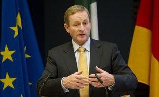 Les Irlandais, cités en exemple pour leurs sacrifices depuis qu'ils bénéficient d'un plan massif d'aide internationale, ont été prévenus que la rigueur allait se poursuivre, voire s'intensifier, à l'occasion de la divulgation lundi et mardi d'un nouveau budget d'austérité