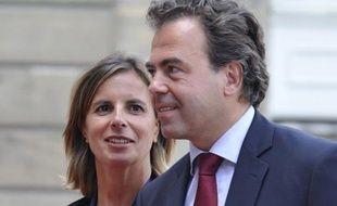 L'épouse du ministre de l'Education nationale Luc Chatel, Astrid Herrenschmidt, a été inhumée vendredi après son suicide dimanche dernier, indique le carnet du Figaro de samedi.