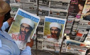 Ben Laden achevé de tirs dans la poitrine après avoir reçu une balle dans la tête: un des Navy Seal qui a pris part au raid contre le chef d'Al-Qaïda livre dans un ouvrage à paraître un récit de l'opération contredisant des détails révélés par les autorités américaines.