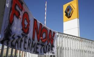 Les salariés de l'usine Renault de Choisy-le-Roi sont en grève pour dénoncer la fermeture du site.