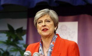Fragilisée après le recul des conservateurs aux législatives du 8 juin 2017, la Première ministre britannique promet «la stabilité».