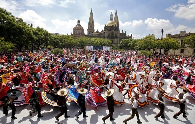 Mexique: Plus de 800 personnes réunies pour le record du monde de la plus grande danse folklorique
