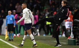 Thomas Tuchel et Kylian Mbappé heureux du but de la victoire inscrit par l'attaquant face à Caen (1-2), le 2 mars 2019.