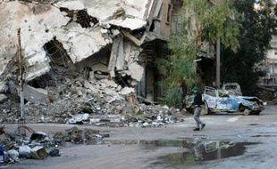 Le conflit en Syrie a fait plus de 140.000 morts depuis près de trois ans, a rapporté samedi une ONG syrienne qui s'appuie sur un large réseau de sources médicales et de militants à travers le pays.