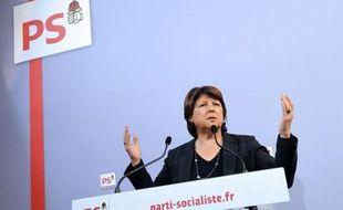 """La première secrétaire du Parti socialiste, Martine Aubry, a vivement attaqué le """"quinquennat Fouquet's"""" et le """"bilan catastrophique"""" de Nicolas Sarkozy, mardi en présentant ses voeux à la presse, se livrant aussi à un vibrant plaidoyer pro-François Hollande."""