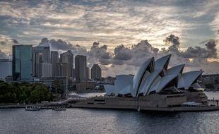 Le foyer épidémique ne cesse de s'étendre à Sydney en dépit du confinement imposé dans la première ville australienne.