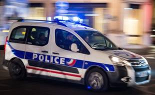 Illustration. Une voiture de police en intervention, le 15 janvier 2019, à Paris.
